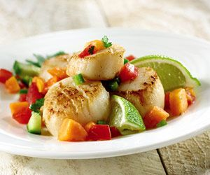 Seared Scallops with Tropical Salsa | Recipe