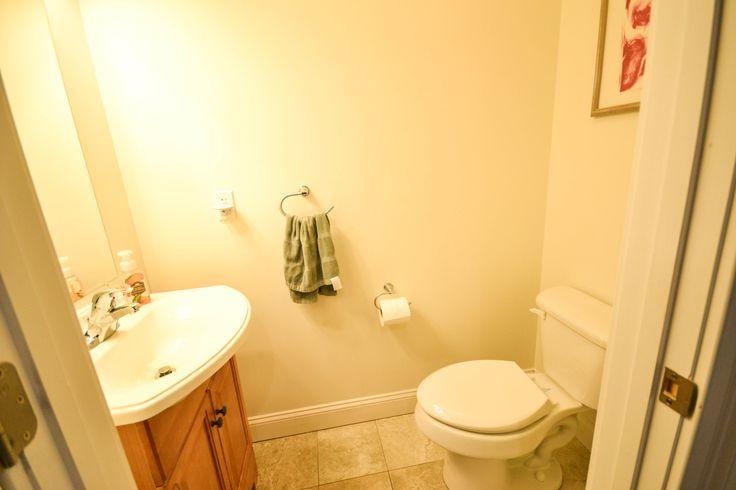 basement half bath 299 sycamore street shelburne vt 05482 pinte