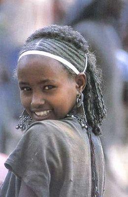 cute Oromo girl, Oromia, Africa  http://www.youtube.com/watch?v=56Vrt_dYgzM=FLvTQ87zWdawI6q3j5lJWwdQ=215