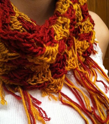 FREE Crochet Pattern : Pumpkin Infinity Scarf | Dandelion Daze