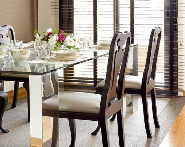 Glass top tables magnifying beautiful dining room design for Dining table top decor