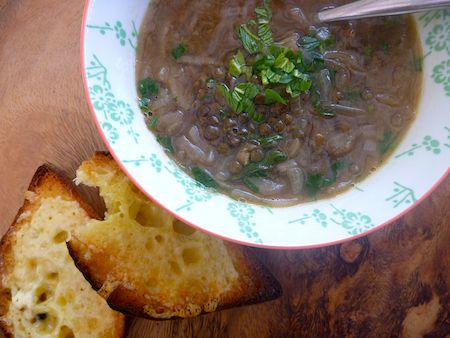 French lentil and onion soup - Vegetarian
