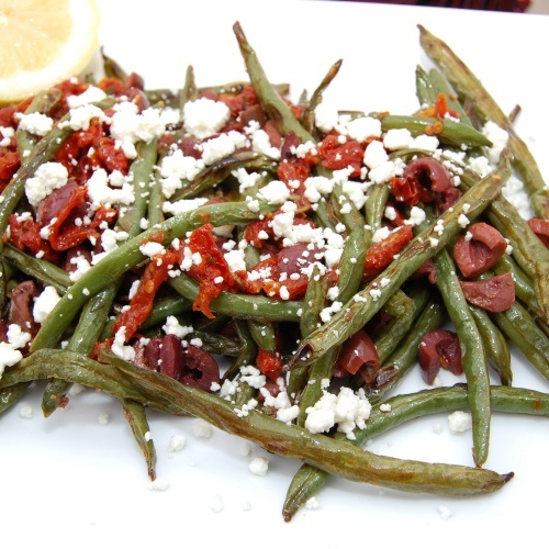 Roasted Green Beans with Olives, Sundried Tomatoes and Goat Cheese