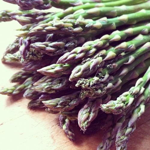 Simple Lemon & Garlic Asparagus (with coconut oil) | Food | Pinterest