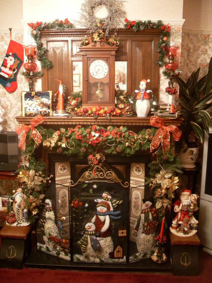 Christmas fireplace christmas decorations pinterest for Pinterest home decor xmas