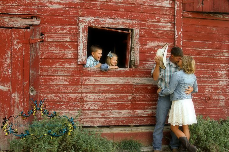 Cute country family picture ideas