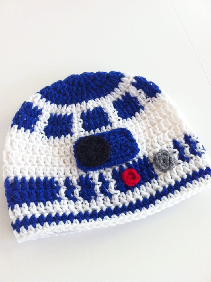 Knitting Pattern For R2d2 Hat : R2D2 Star Wars Hat Needle Crafts Pinterest