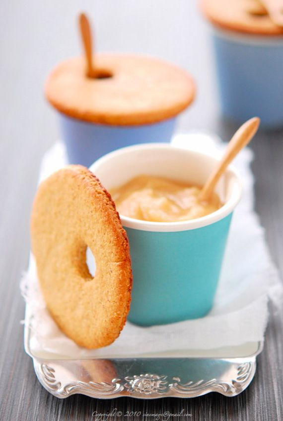 cookie lids - on top of ice cream, coffee or hot chocolate... ADORABLE!