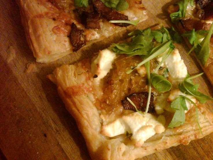 Goat Cheese and Leek Tart with Bacon and Arugula - Delicious!
