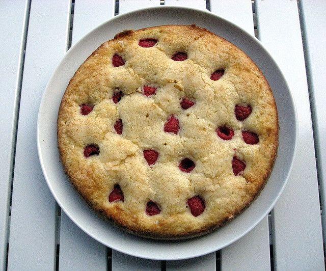 Raspberry Buttermilk Cake | Sweet yum yums | Pinterest