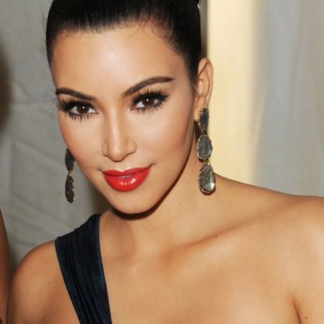 Gorgeous Kim K makeup!