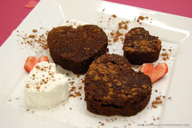 Valentine's Day Flourless Chocolate Cake | Holiday stuff | Pinterest