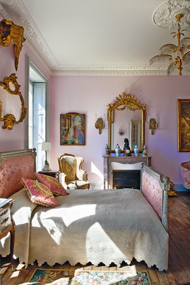French ch teau pink bedroom grand interiors pinterest for French chateau style decor