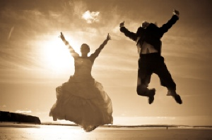 Thinking about the weather on your big day? Wedding Weather can help @ http://www.weddingweatheruk.com/