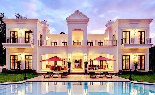 A very big and amazing house houses pinterest for Big amazing houses