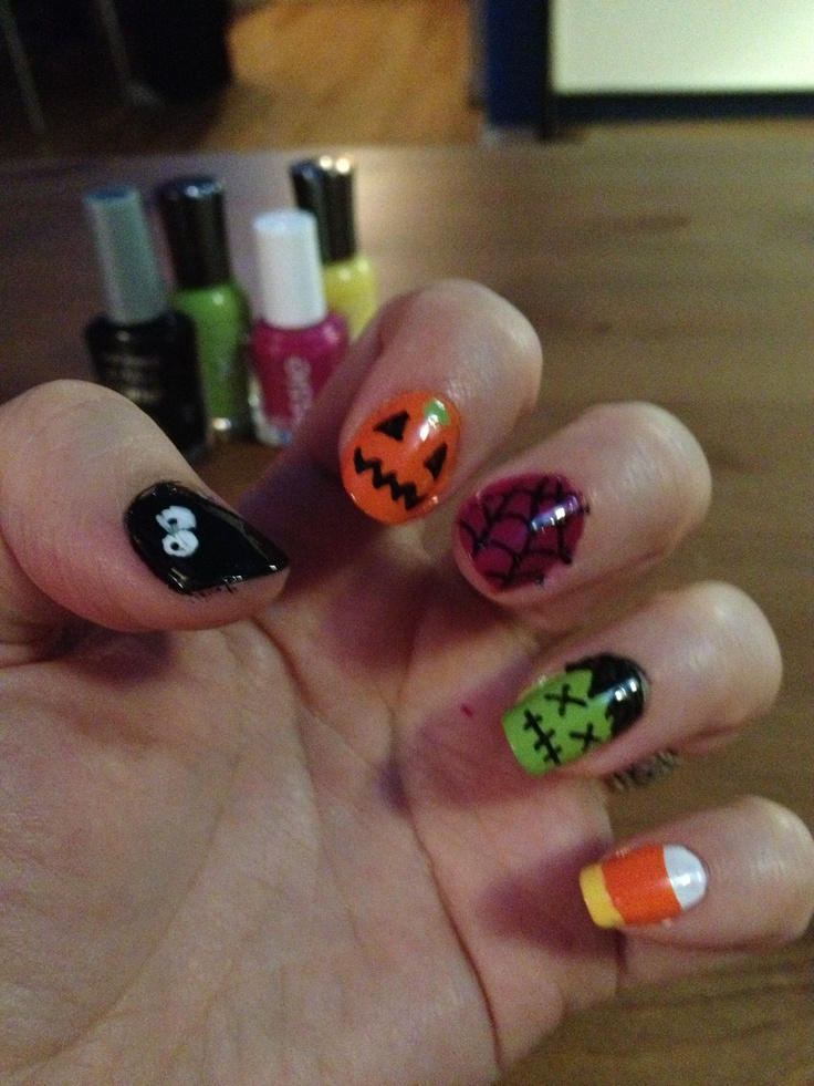 Halloween manicure | halloween | Pinterest