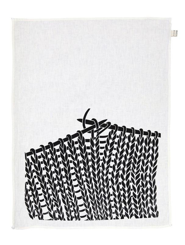 knitting handprint - mayamusetextiles