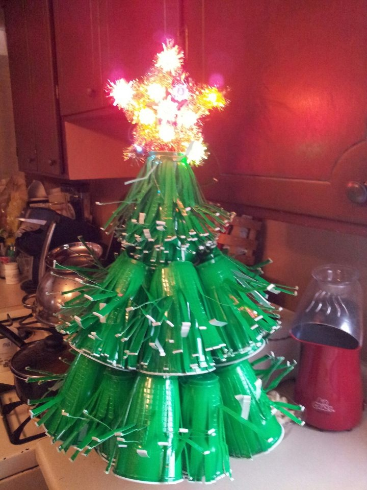 Solo Cup Tree #OhSoloCupOhSoloCup : crafts : Pinterest