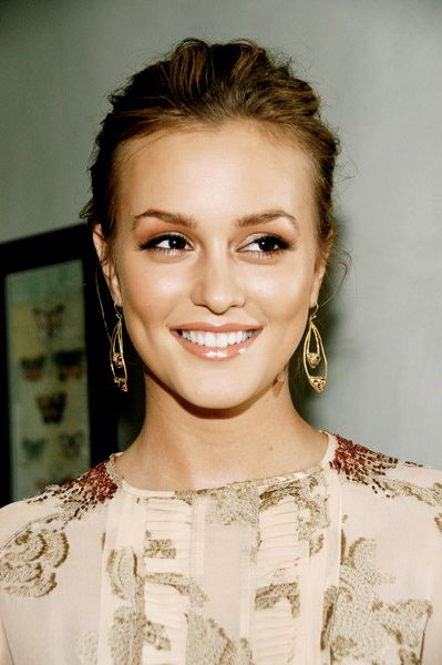 We love this look on Leighton Meester.