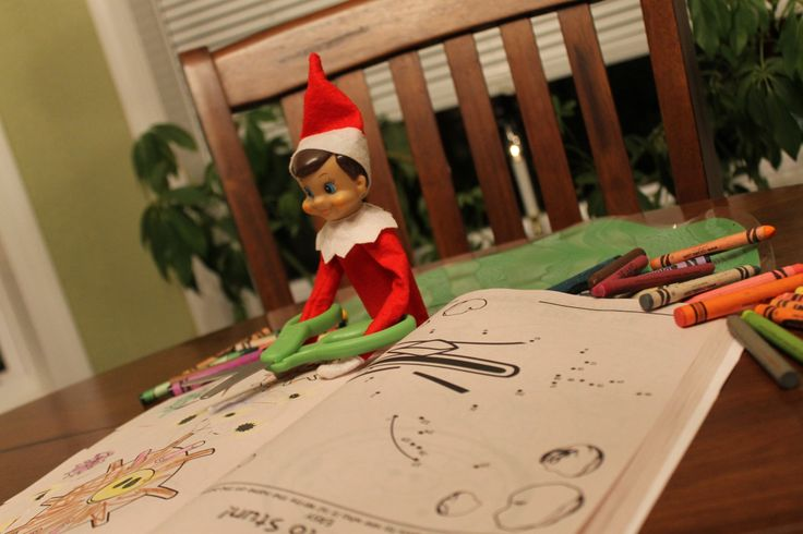 Elf on the Shelf - Fun with a coloring book