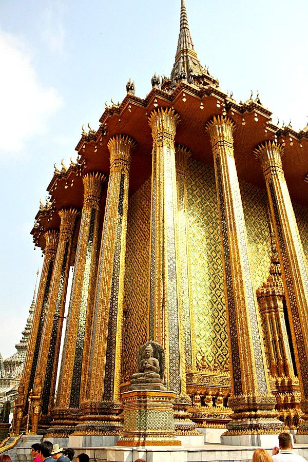 Everyone Must Visit the Grand Palace in Bangkok