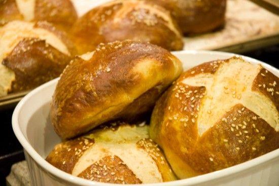 Delicious homemade pretzel rolls | Yummy | Pinterest