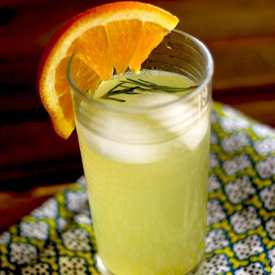 Rosemary Citrus Spritzer via http://ift.tt/1cms7MH #recipes