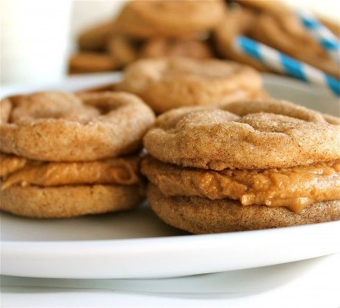 Snickerdoodle Biscoff Sandwich Cookies | TheFoodCharlatan.com