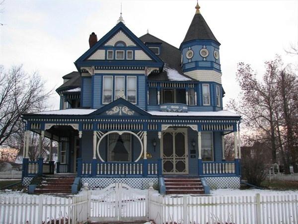 Blue Victorian Gallatin Mo Victorian Homes Pinterest