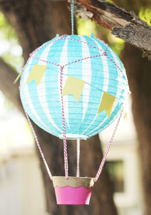 Diy hot air balloon decoration hot air balloon kite for Balloon decoration ideas diy