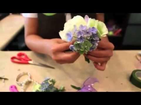 Наряды из цветов своими руками