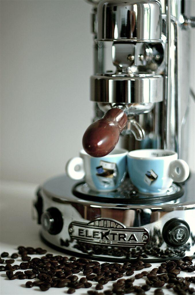 Elektra coffee machine coffee shop stuff pinterest - Expresso machine a cafe ...