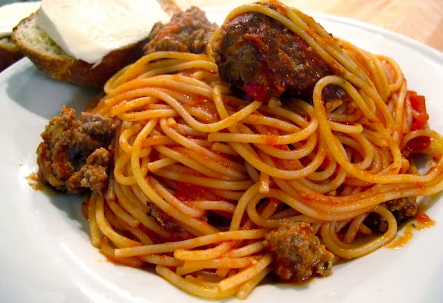 Homemade Meatballs & Spaghetti | Foodie--Savoury | Pinterest