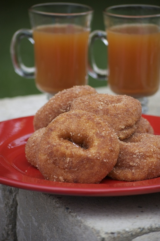 Cider and donuts = happiness. | Food | Pinterest