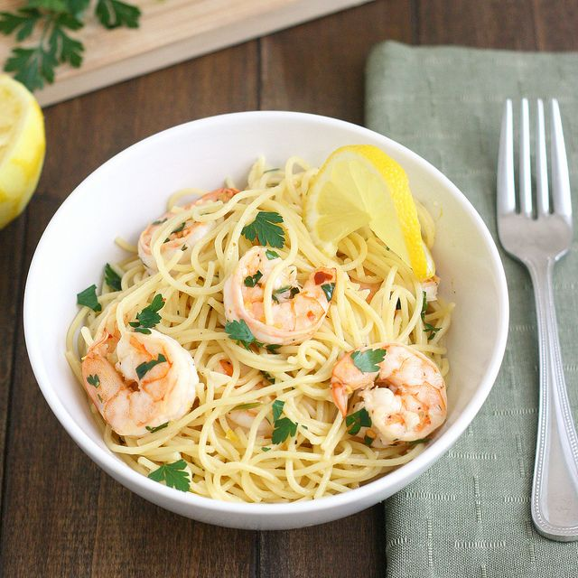 Lemony Shrimp Scampi Pasta by Tracey's Culinary Adventures, via Flickr
