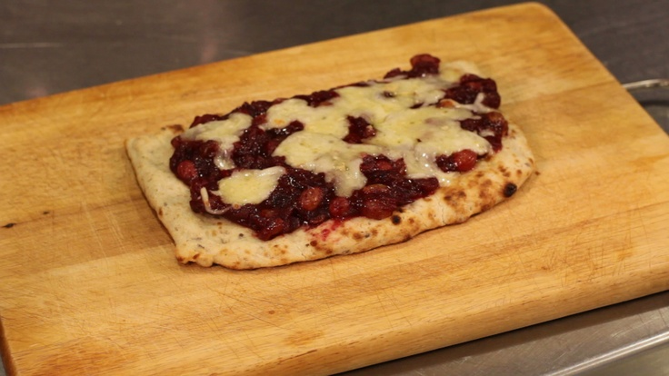 Brie and Cranberry Chutney Pizza! | eHow | Pinterest