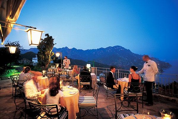 glass magazine || Hotel Caruso, Ravello