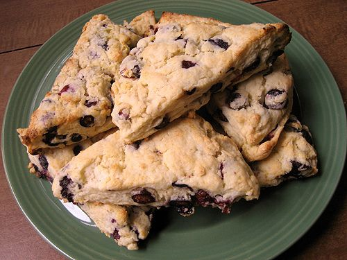 Low Fat Blueberry Scones **Calories 188, Fat 2g, Sugar 7g, Protein 4 ...