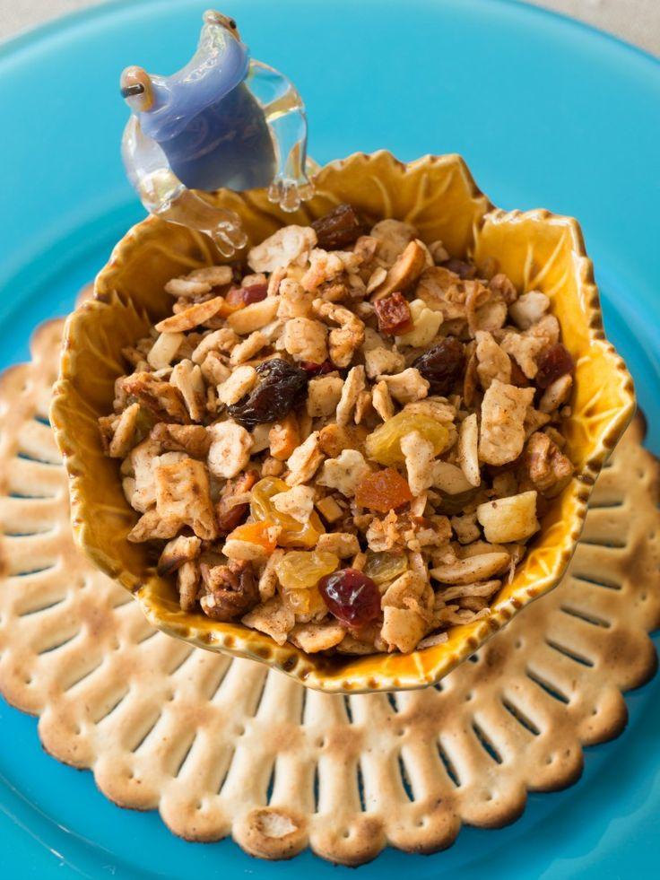Passover Granola and Chocolate Treats | Recipe