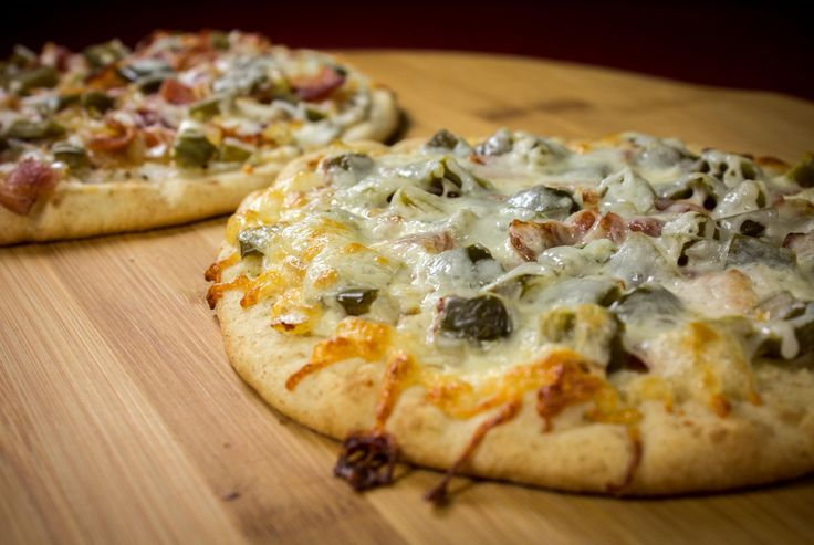 Jalapeno Popper Pizza | Feast Greedily! | Pizza and Burgers | Pintere ...