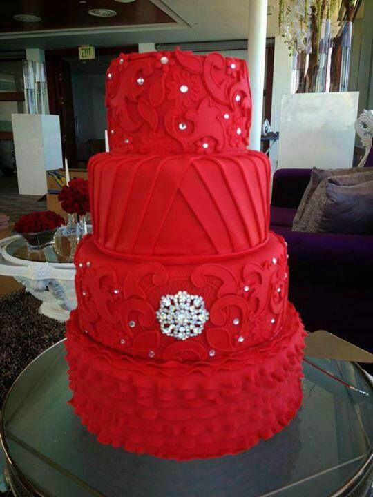 beautiful red cake so beautiful !! :)♡♡B.P.
