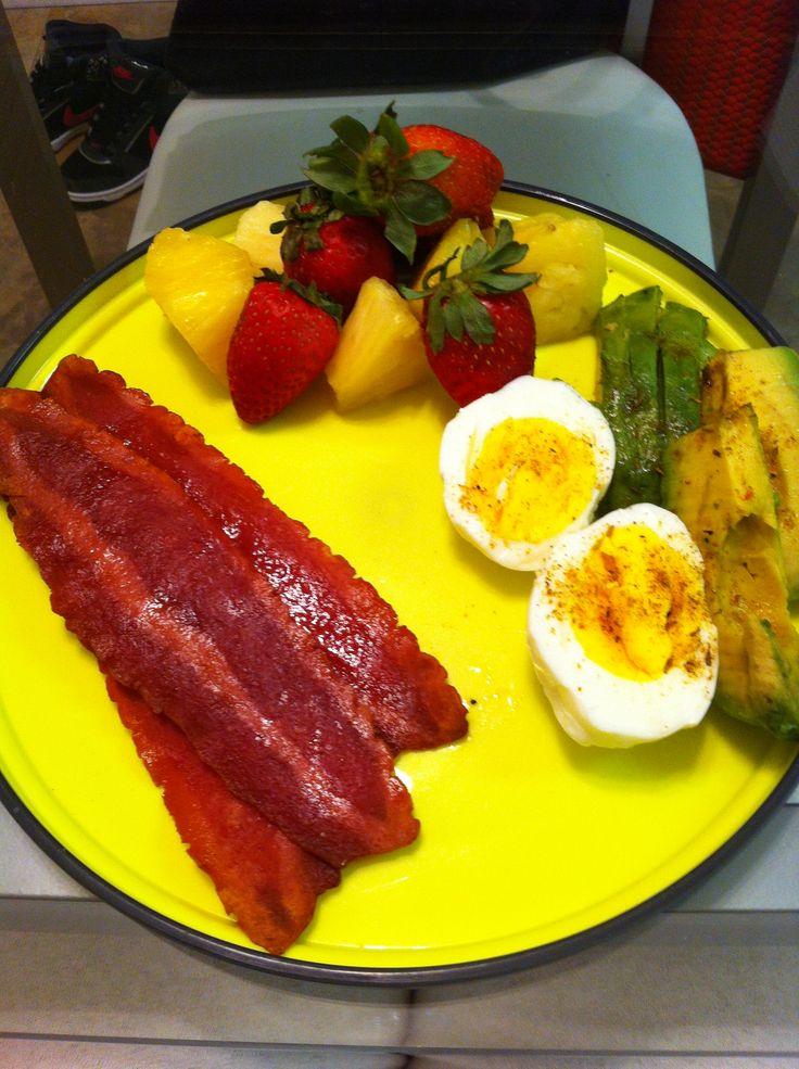 My healthy breakfast - eggs, avocado, fruit & turkey bacon - Get your ...