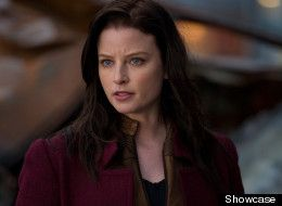 Rachel Nichols looks like Jodie Foster in this Continuum TV show