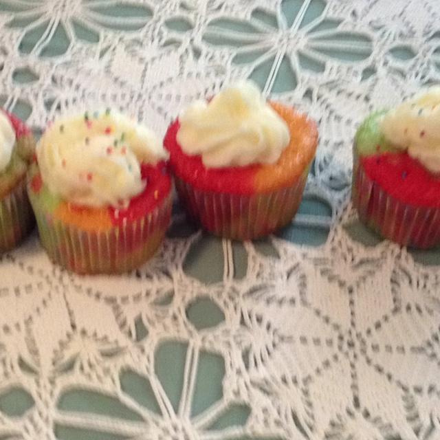 Tie-Dye Fruity Cupcakes | Favorite Recipes | Pinterest