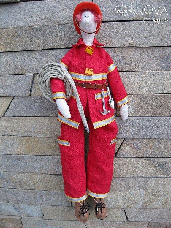 Пожарник своими руками 44