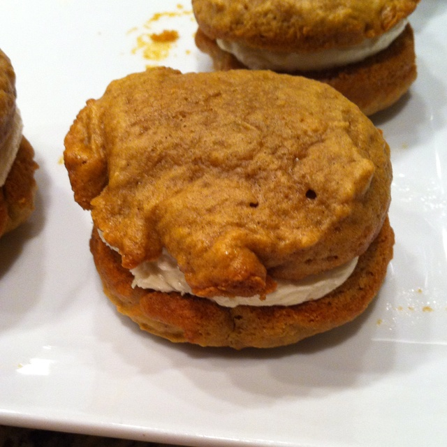 Pumpkin whoopie pies | Food | Pinterest