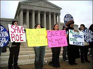 """roe v wade the issue of abortion Conservative firebrand tomi lahren brought up the issue of roe v wade and the conservative approach to abortion during a july 7 segment of her fox news insider video series, """"final thoughts"""" speaking of the supreme court vacancy, lahren said that pushing for court to overturn roe v."""