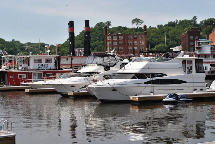 ... City of Dubuque public docks for Boat Fest at the Museum & Aquarium