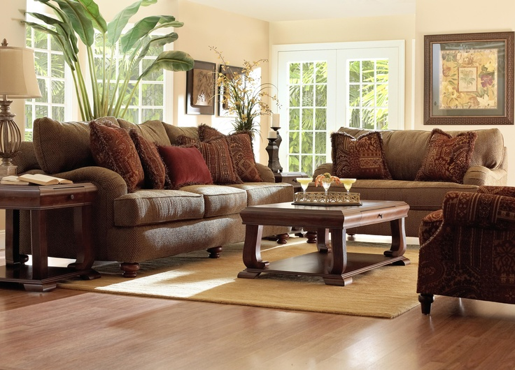 Family room furniture casual cottage for Family lounge furniture