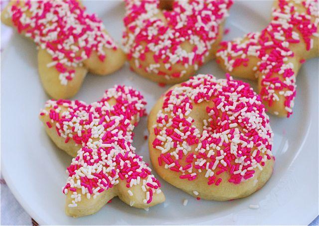 Baked Valentine Donuts! | Valentine's Day | Pinterest